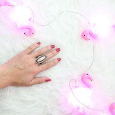 パリ発のキュアバザーのネイルすごくいいよ💅 85%が自然派由来成分で爪にやさしいのに、1度塗りでサロン並みの仕上がりに🤗✨ #Makeuplove#nail#KureBAZAAR#nails💅#makeup#instamakeup#pink#beauty#instacool#cosmetic#nailpolish#instabeauty#selfnail#organic#fav#love#キュアバザー#メイク#化粧#化粧品#コスメ#コスメマニア#美容#今日のメイク#コスメ好きさんと繋がりたい#海外コスメ#ピンク#ネイル#セルフネイル#オーガニック