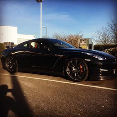 """So the husband swapped his toy. He also said it's """"our"""" car now ��#gtr #nissan #dreamcar #newtoy #cars #supercar #beauty @codeandcars http://www.unirazzi.com/beauty/post/1478596802189970606_28742527/?code=BSFB_Uoj8yu"""