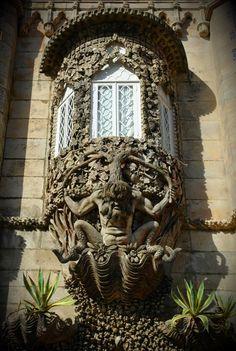 Janela do Tritão-Palácio da Pena-Sintra