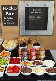 Nacho Bar Activity & Party Planning Inspiration for All Ages!A game day party just wouldn't be the same without nachos! How do you take your nachos? Dessert Nachos, Dessert Party, Party Food Bars, Party Buffet, Snacks Für Party, Party Desserts, Bar Food, Taco Bar Buffet, Nacho Bar Party