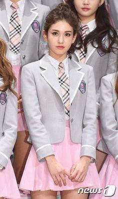 Smart for School. Cute School Uniforms, School Uniform Fashion, School Girl Outfit, Girls Uniforms, Girl Outfits, Cute Outfits, Japan Fashion, Kpop Fashion, Korean Fashion