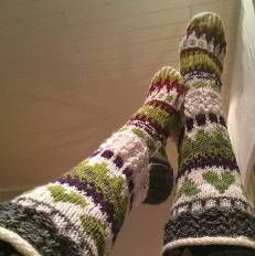 Sukkakori Socks, värikkäät villasukat, knitting, polvisukat, knee, colorfull
