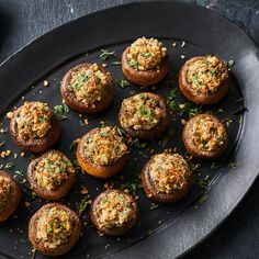 This healthy stuffed mushroom appetizer is a nice balance of soft mushrooms, creamy filling and crunchy topping. This combination tastes downright decadent, but it's actually good for you. Healthy Stuffed Mushrooms, Crab Stuffed Mushrooms, Stuffed Mushroom Caps, Stuffed Mushroom Recipes, Healthy Appetizers, Appetizer Recipes, Burger Recipes, Yummy Recipes, Side Dishes