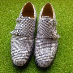 Modello doppia fibbia #Raimondi #raimondigolfshoes #golf #shoes #golfshoes #italianstyle #woman #madeinitaly #handmadeinitaly #italy #originali