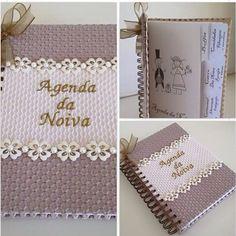 Agenda da Noiva ❤️❤️❤️ #casamentos #artesanato #presentearcomestilo #madrinha #momentoúnico  #organização