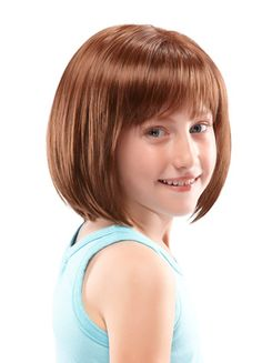 This ultra lightweight, shoulder-length bob features a double-layered monofilament crown (from fringe to crown), creating the appearance of natural hair growth. This simple style is a childhood classic.