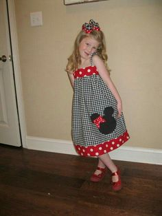 Minnie Mouse Disneyland Disney World Dress by MakeItPrettyTexas Disney Dresses, Disney Outfits, Kids Outfits, Sewing For Kids, Baby Sewing, Little Girl Dresses, Girls Dresses, Minnie Mouse Disneyland, Couture Bb