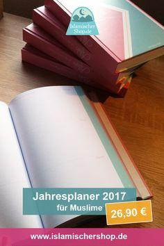 Jahresplaner 01. Januar 2017 - 01. Januar 2018  mit islamischen Kalender und normalen Kalender.  Planer ist in Deutsch erhältlich. Größe: A5 (148x210 mm).  Über 380 Seiten mit. Plane Deine Tage, Tägliche Gebete und To-Dos inshallah.   Jetzt bestellen unter: https://www.etsy.com/de/listing/280281796/jahresplaner-mit-allah-ist-der-beste?ref=shop_home_feat_4
