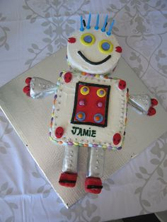 Robot cake - Kids Party thx @Suzie Moyer Allderman