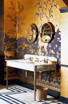Drummonds at Decorex antique brass creates a dramatic look paired with Arabescato marble on our Hebdern double basin. Woodland Rateau inspired Wallpaper by De Gournay. Interior Exterior, Bathroom Interior Design, Wallpaper Bathroom Vanity, Bathroom Vanities, 1920s Bathroom, Gold Bathroom, Bathroom Basin, Home And Deco, Beautiful Bathrooms