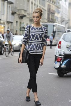 v-street:  vstreet.co.vu Street Style and Fashion blog following...