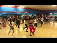 Shake Senora Zumba Dance! I've been looking for this everywhere, and it's so much fun to do
