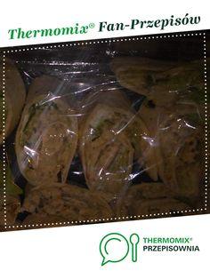 tortilla z pastą rybna jest to przepis stworzony przez użytkownika daria666. Ten przepis na Thermomix® znajdziesz w kategorii Przystawki/Sałatki na www.przepisownia.pl, społeczności Thermomix®.