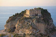 Santa Maria Dell'Isola, Italy