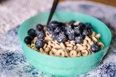 """Canadian Celiac Association Says """"Don't Eat Gluten-Free Cheerios!"""" This article explains  why."""