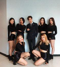 Lee Taemin, Jonghyun, King Do, Korean Men, Snsd, Character Shoes, Cool Pictures, Leather Skirt, Husband