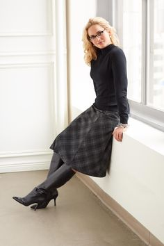 You'll be ready for workday wonders with our mock neck top and skirt! : You'll be ready for workday wonders with our mock neck top and skirt! Fall Fashion Trends, 70s Fashion, Cute Fashion, Women's Fashion Dresses, Autumn Fashion, Skirts With Boots, Plaid Skirts, Skirt Outfits, Fall Outfits
