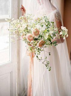 Organic wedding bouquet #peach #blush #wedding