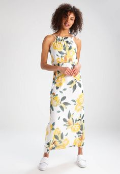 "Maxi dress - yellow lemon. Lining:100% polyester. Outer fabric material:100% polyester. Total length:53.0 "" (Size 8). Care instructions:machine wash at 40°C,do not tumble dry,Machine wash on gentle cycle. Details:slip. Back ..."
