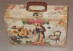 Old Suitcases, Sky Design, Vintage Luggage, Makeup Case, Fun Projects, Make Me Smile, Decorative Boxes, Shabby Chic, Arts And Crafts