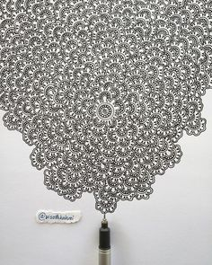 Doodle art - Examples of Zentangle Project – Doodle art Tangle Doodle, Doodles Zentangles, Tangle Art, Zen Doodle, Doodle Art, Doodle Patterns, Zentangle Patterns, Tumblr Pattern, Doodle Inspiration