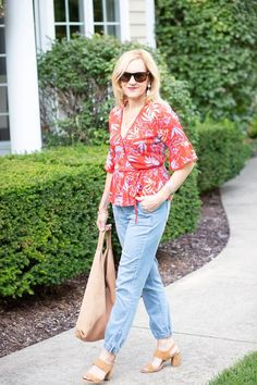 How to Dress up Denim Joggers with Florals - Kathrine Eldridge Navy Floral Maxi Dress, Clothes Stand, Denim Joggers, Piece Of Clothing, Cute Tops, Florals, Floral Tops, Personal Style, Autumn Fashion