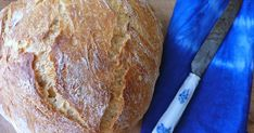 Tento recept pozná celý svet. Okrem mojej sestry :), aj preto ho tu dávam. Pod názvom chlieb bez miesenia. Jeho príprava je tak neuverit... Bread, Food, Basket, Brot, Essen, Baking, Meals, Breads, Buns