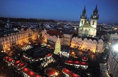 Capodanno 2014 a Praga tra mercatini di Natale, cene a base di gulsc e birra, crociere sulla Moldava e splendide attrazioni da visitare.