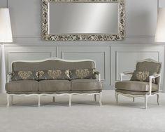 Трехместный диван и кресло в тканевой обивке