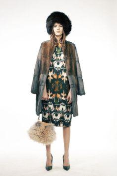 lookbook-alena-akhmadullina-lookbook-fw#fur hat