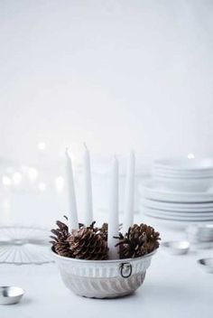 Icelandic Christmas by the designer Ólöf Jakobsdóttir | pine cones and candles