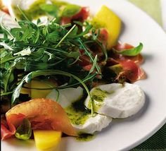 A light, fresh summery salad with a combination of sweet and savoury flavours