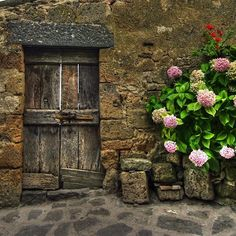 The doors of the old stories and secrets ...in  Pienza, Tuscany
