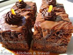 Adina's kitchen & travel: Prajitura Amandina Gordon Ramsay, Fondant, Desserts, Food, Fondant Icing, Postres, Deserts, Hoods, Meals
