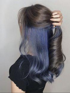 Under Hair Dye, Under Hair Color, Hidden Hair Color, Hair Color For Black Hair, Hair Color For Brunettes, Two Color Hair, Hair Color Tips, Darker Hair Color Ideas, Dyed Black Hair