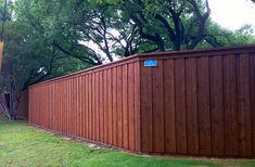Stunning Garden fence rules,Front yard fence design ideas and Modern fence landscaping. Brick Fence, Front Yard Fence, Cedar Fence, Wooden Fence, Low Fence, Stone Fence, Concrete Fence, Pallet Fence, Fence Gate