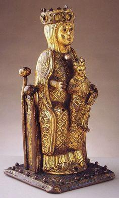 Virgen de las Batallas. Esculpida en el siglo XIII d.C.
