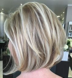60 Layered Bob Styles: Modern Haircuts with Layers for Every Occasion #BobHairstyles Dishwater Blonde Bob with layers and highlights - #every #haircuts #layered #layers #modern #occasion #styles - #new