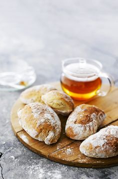 Cup Of Tea & good bread Sourdough Bun Recipe, Best Bread Recipe, Bread Recipes, Real Food Recipes, Baking Recipes, Yummy Food, Tasty, Salty Foods, Sweet And Salty