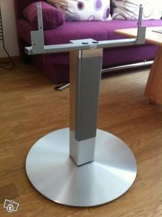 Loewe Center Floor Stand I Compose Alu Silber