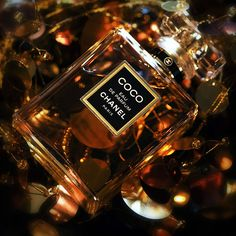"""Coco"" perfume by Chanel ᘡղbᘠ Perfume Chanel, Chanel Nº 5, Chanel Logo, Chanel Makeup, Chanel Fashion, Fashion Beauty, Parfum Chloe, Mademoiselle Coco Chanel, Dolce E Gabbana"