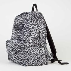 VANS Realm Backpack snow leopard http://www.adrenalinasklep.pl/snowboard/vans-realm-backpack-snow-leopard-black-black/