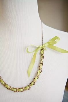 Chain & Ribbon Necklace