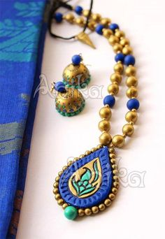 Blue and Golden for Traditional Attire Funky Jewelry, Jewelry Model, Jewelry Crafts, Jewelry Art, Handmade Jewelry, Jewelry Design, India Jewelry, Terracotta Jewellery Online, Terracotta Jewellery Designs
