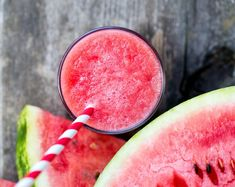 He's the tastiest watermelon smoothie Fitness Smoothies, Smoothie Drinks, Detox Drinks, Healthy Smoothies, Healthy Drinks, Healthy Tips, How To Stay Healthy, Healthy Snacks, Healthy Nutrition