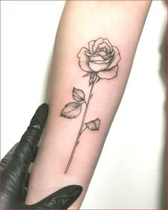 Feed your addiction with 50 of the most beautiful rose tattoo designs for men and . tattoos - diy tattoo images - Tattoo Designs For Women Mom Tattoos, Trendy Tattoos, Finger Tattoos, Unique Tattoos, Cute Tattoos, Body Art Tattoos, Small Tattoos, Tattoos For Guys, Tatoos