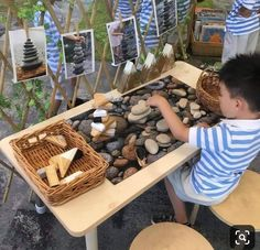 Reggio_rita on stacking rocks and blocks develops hand eye coordination fine motor skills cognitive development and problem solving skills Reggio Emilia Classroom, Reggio Inspired Classrooms, Reggio Classroom, Outdoor Classroom, Preschool Classroom, Teaching Kindergarten, Teaching Art, Classroom Ideas, Montessori Activities