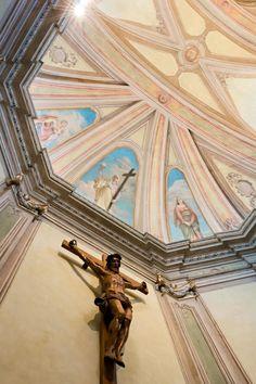 Chiesa San Michele Arcangelo di Certosa - HI LITE Next Apparecchi di #Illuminazione #viabizzuno #tessera For m #cornice