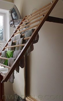DIY Wall Mounted Clothes Drying Rack from a crib rail Diy Wand, Wall Mounted Drying Rack, Old Baby Cribs, Laundry Room Storage, Laundry Rooms, Laundry Closet, Laundry Drying, Mud Rooms, Small Laundry