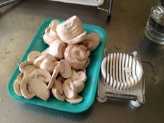 Mushroom slicing / chopping tip